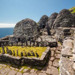 small-Ireland-SkelligMichael-Monastery graveyard-CasparDiederik-1433